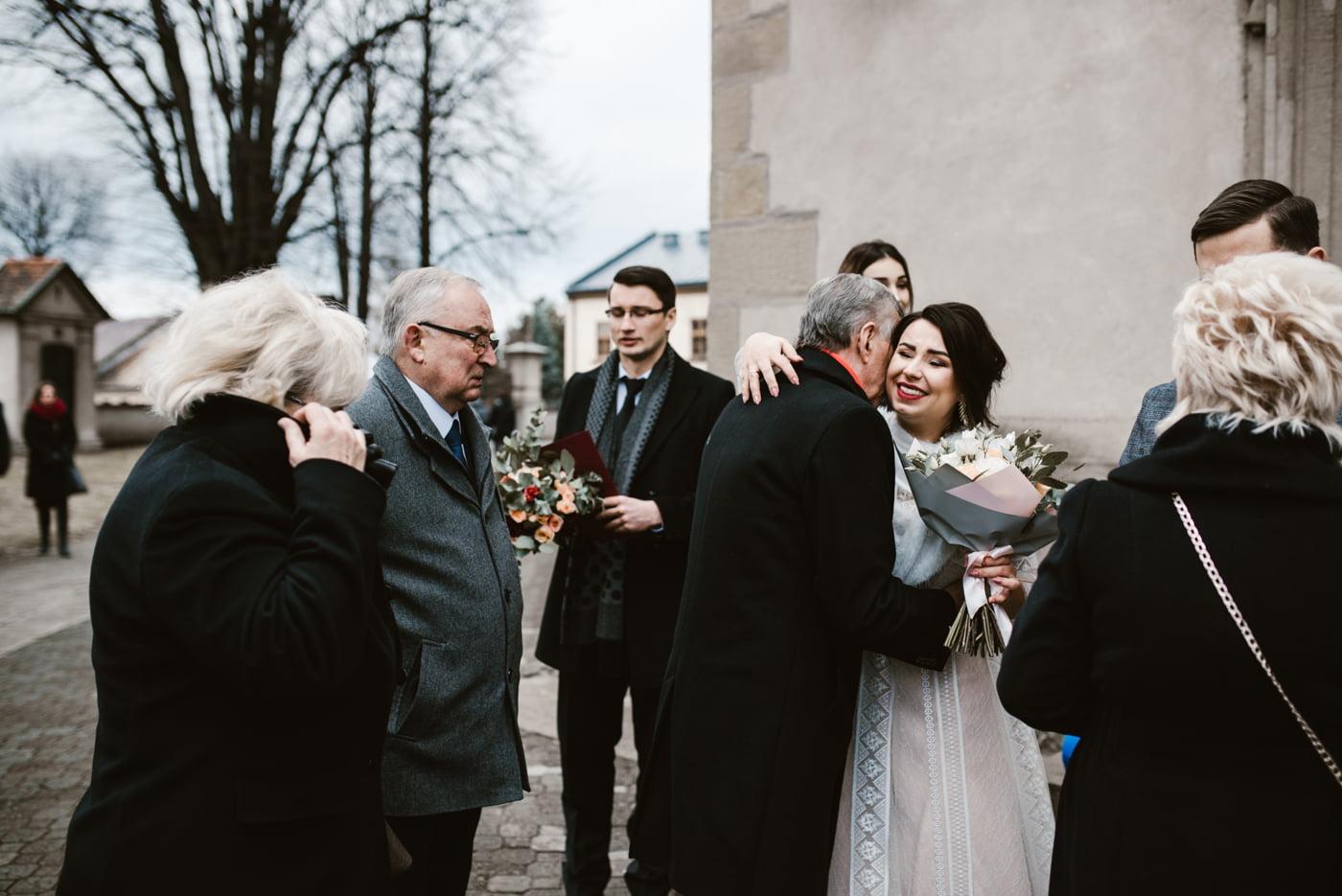 Zimowy ślub Dagmara i Michał - Willa Poprad w Rytrze 40
