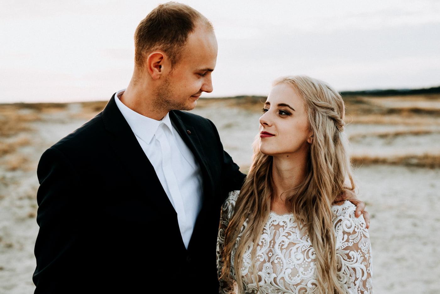 Sesja na pustyni Błędowskiej - Martyna i Mateusz 11