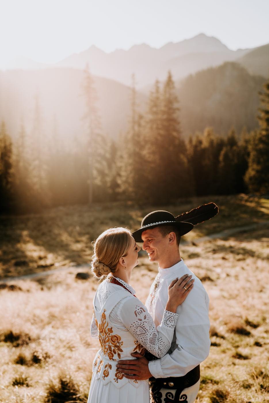 Sesja ślubna w Tatrach - Tradycyjnie 23