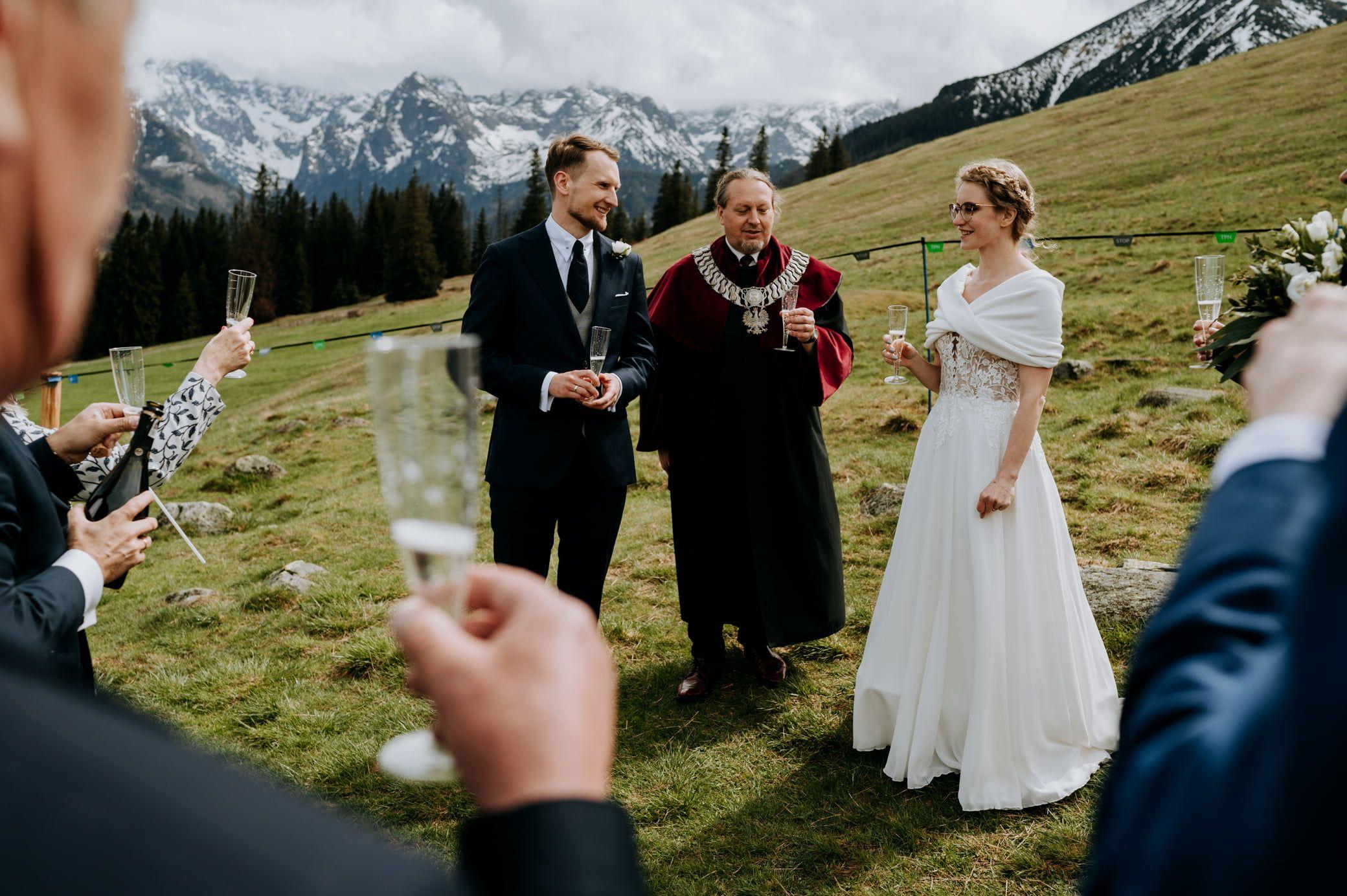 Martyna i Paweł – ślub na Rusinowej Polanie 73